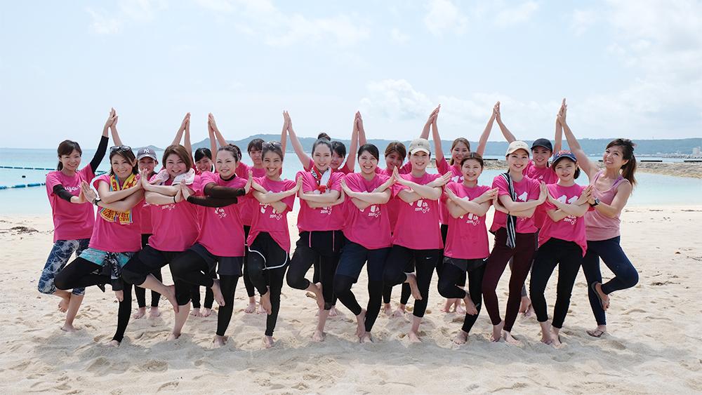 愛雅粧沖縄校2019_レクレーションでビーチへ_03